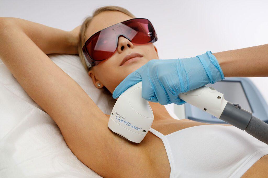 Лазерная эпиляция лица Ахматовой курс процедур